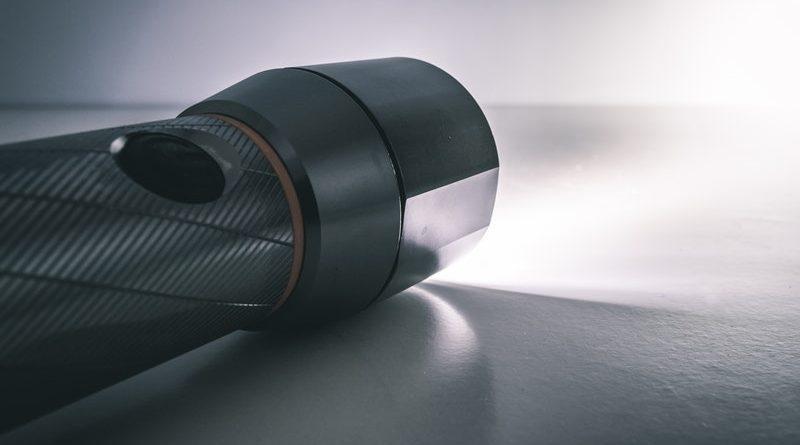 mini torcia LED potente
